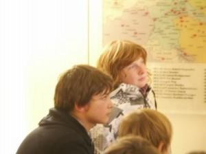 Kinder hören begeistert, Katja erzählt russische Märchen